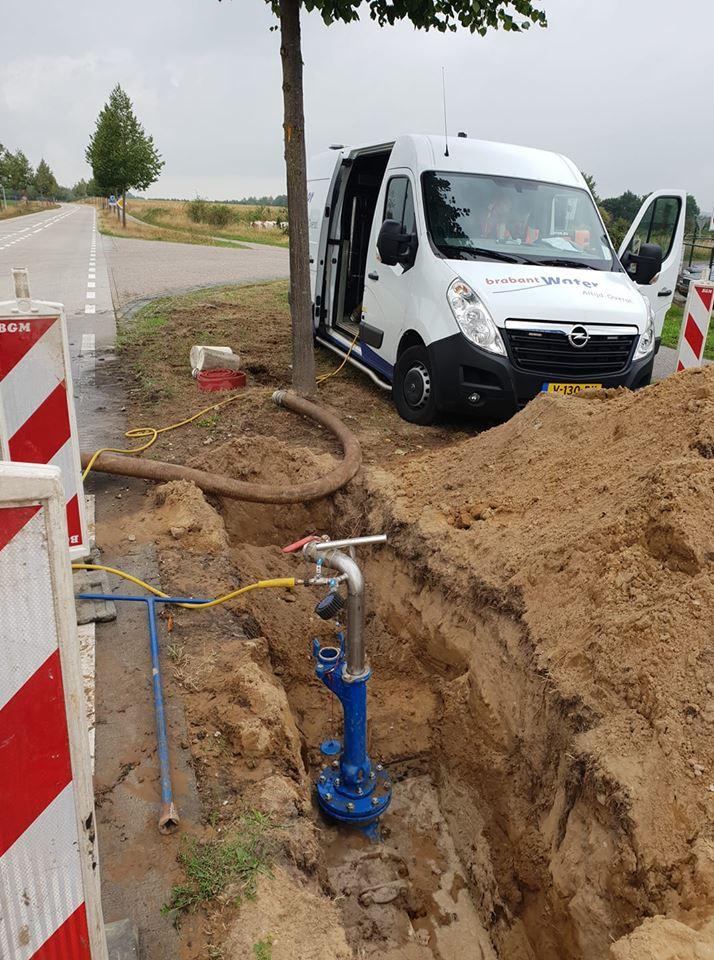 Hedendaags Afpersen waterleiding - A.M.T. OP-35